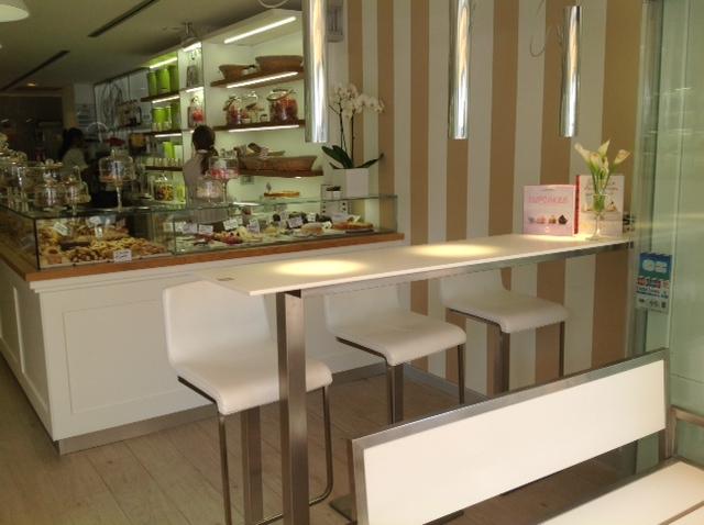 abbastanza Caffetteria – bar – Mentone – Costa Azzurra (Francia  CN21
