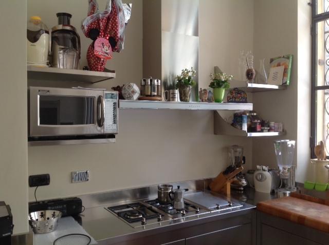Cucina privata in acciaio inox – tutto su misura! | CarloAngela ...